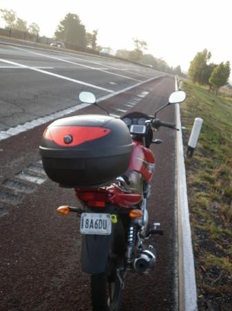 3 La Yamaha 125cc en carretera
