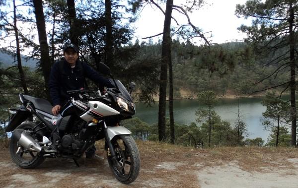 Yamaha Fazer 16 2013, en Presa de Iturbide.