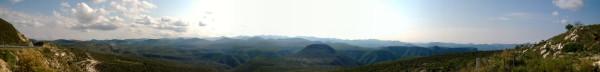 Panorámica: ¿de dónde sale tanto cerro?